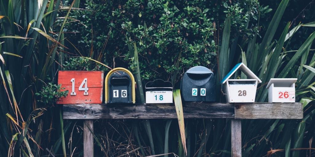 Crie uma lista de e-mails